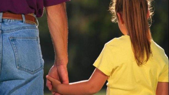 Ένας στους δύο γονείς δεν μιλούν στα παιδιά τους για την ψυχική υγεία