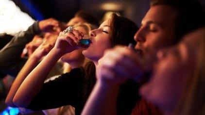 Εκτεταμένη ηπατική βλάβη προκαλεί η ακατάσχετη κατανάλωση αλκοόλ