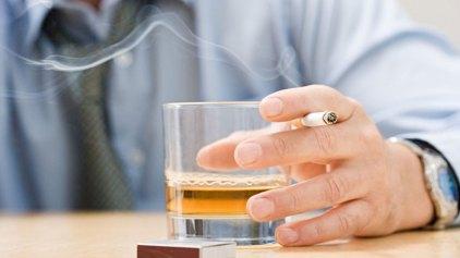 Η άσκηση είναι το «κλειδί» για να κόψετε το αλκοόλ και το κάπνισμα