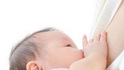 Ευεργετικός ο θηλασμός για τα βρέφη, τις μαμάδες και την...οικονομία