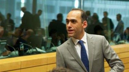 Ο κύπριος ΥΠΟΙΚ εξηγεί πώς βγαίνει μια χώρα από το μνημόνιο