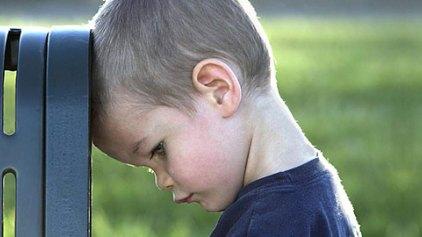 Πώς μεγαλώνουμε δυστυχισμένα παιδιά χωρίς να το καταλάβουμε