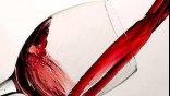 Προσοχή στα δόντια σας, όταν πίνετε κρασί