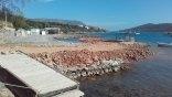 Μπάζωσαν τη θάλασσα απέναντι από τη Σπιναλόγκα