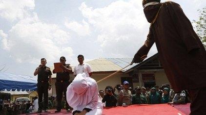 Δημόσιο μαστίγωμα στην Ινδονησία