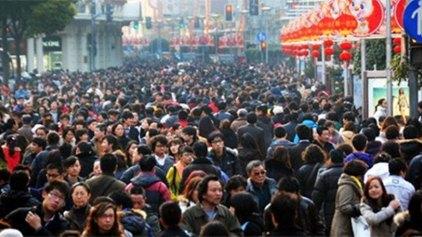 Η Κίνα θα απολύσει 5-6 εκατ. εργαζομένους τα επόμενα δύο με τρία χρόνια