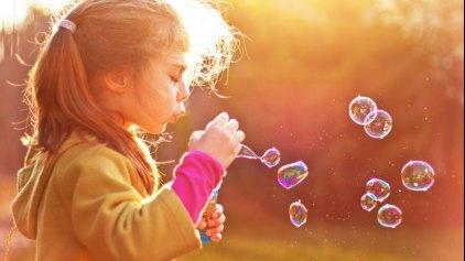 10 κουβέντες που κάνουν καλό στα παιδιά