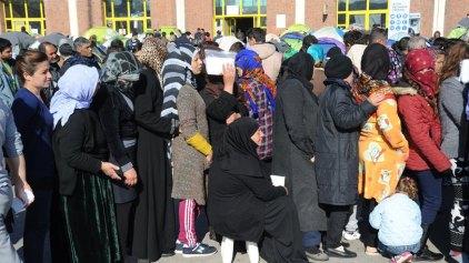 Ξεπέρασαν τους 5.600 οι πρόσφυγες και οι μετανάστες στον Πειραιά