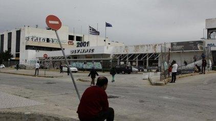Στον «αέρα» η φιλοξενία προσφύγων και μεταναστών στο Ελληνικό
