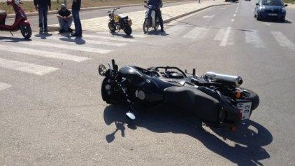 Τροχαίο στην παραλιακή- Τραυματίστηκε σοβαρά οδηγός μηχανής
