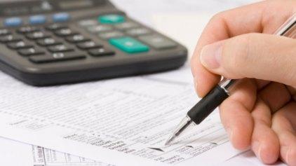 Για να μην ξεχνιόμαστε: έρχεται ο προϋπολογισμός με φόρους 44 δισ
