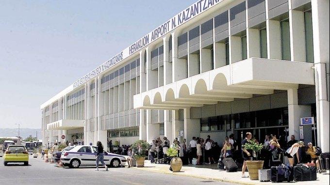 Αλλάζει όψη ο εξωτερικός χώρος του αεροδρομίου