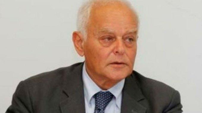 Μανιτάκης: Η κυβέρνηση δεν έχει πολιτική απολύσεων