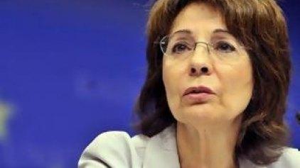 Επιμένει η Μαρία Δαμανάκη για τον κατώτατο μισθό
