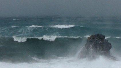 Διατηρούνται και τη Δευτέρα οι ισχυροί άνεμοι στην Κρήτη