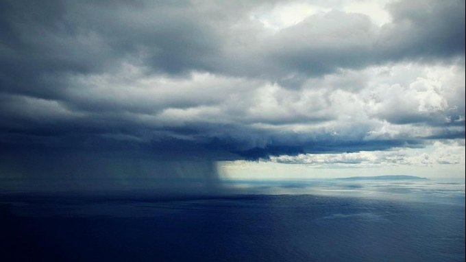 Μια καταιγίδα τον ... Ιούλιο! - Χαλάει ο καιρός στην Κρήτη