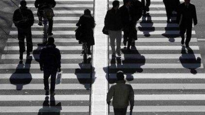 """Στο 35% η """"μαύρη"""" εργασία στην Ελλάδα το 2012"""