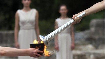 Λαμπρή τελετή αφής της Ολυμπιακής Φλόγας
