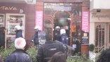 Καρέ καρέ αστυνομική ...επιχείρηση για νεαρό διαδηλωτή