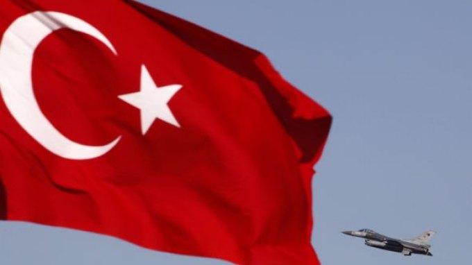 Eλεύθεροι αφέθηκαν οι γιοι των υπουργών στην Τουρκία