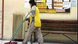 Απλήρωτες 6 μήνες οι καθαρίστριες στα σχολεία