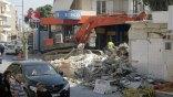 Κατεδαφίστηκε ακίνητο στην πλατεία Σινάνη