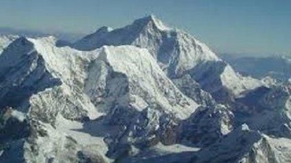 Αλλαγές στο ύψος του ... Έβερεστ από το σεισμό στο Νεπάλ!