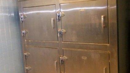 «Στο σφυρί» ψυγείο νεκροτομείου