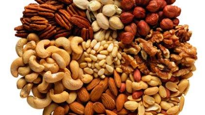 Σύμμαχος κατά της χοληστερίνης οι ξηροί καρποί