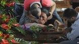 Πάνω από 4.000 άνθρωποι στην κηδεία των θυμάτων του τροχαίου στην Ιταλία